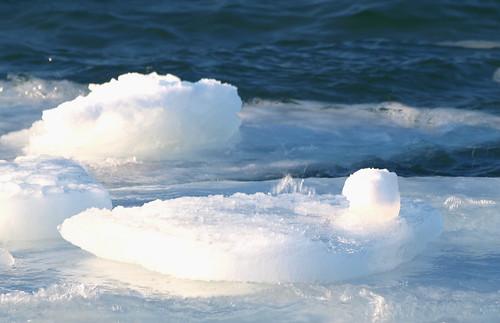 blue winter cold ice water sunshine mi underwater iceberg torchlake february2013