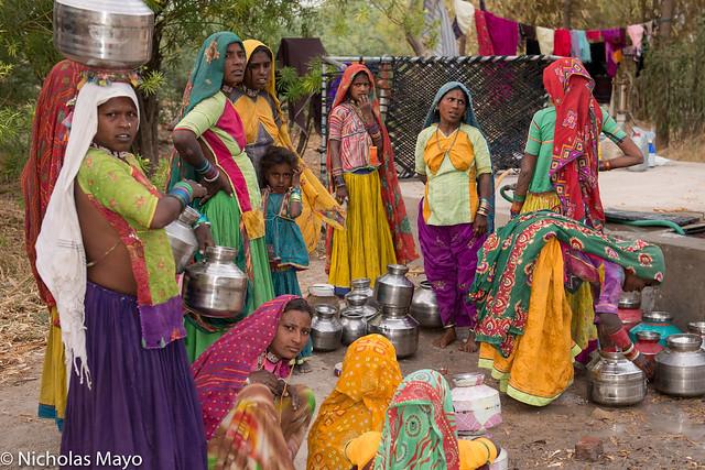 Wadi Women At Well