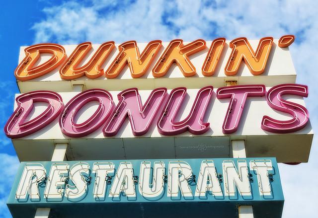 dunkin' donuts neon