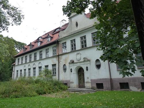 Pałac w Kujawach od zachodu | by Polek