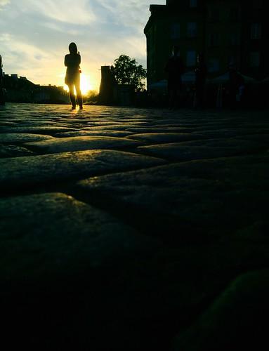 warszawa royalcastle sunset silhouette sun oldtown staremiasto warsaw poland cobblestone brukowiec słońca