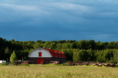 summer canada barn dark colorful warm day skies saintlazare quebec farm montreal peaceful sunny calm fields late quite stlazare