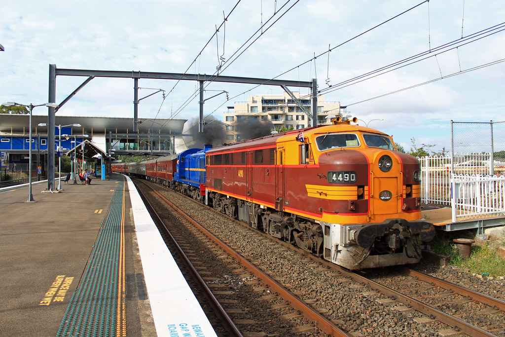 4490, 4001 6L61 West Ryde by Thomas