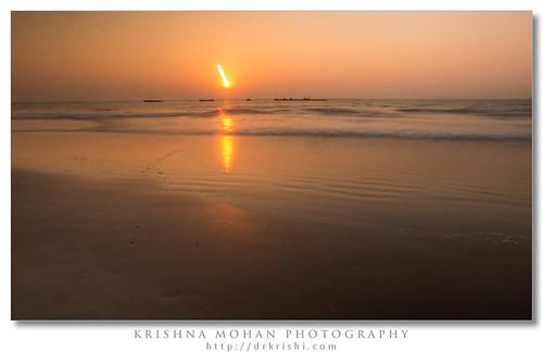 sunset india asia tripod karnataka mangalore slowshutterspeed zoomeffect ndfilter dakshinakannada neutraldensity tannirbavi suntrail sighrayvarind