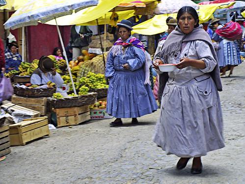 CHOLITAS EN EL MERCADO (Explore)