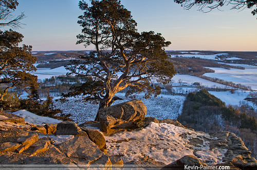 trees light sunset snow cold ice rock wisconsin golden evening march spring view scenic sunny cliffs hills clear edge ledge vista icy rolling bluff gibraltarrock dropoff lodi bristleconepine sidelight columbiacounty