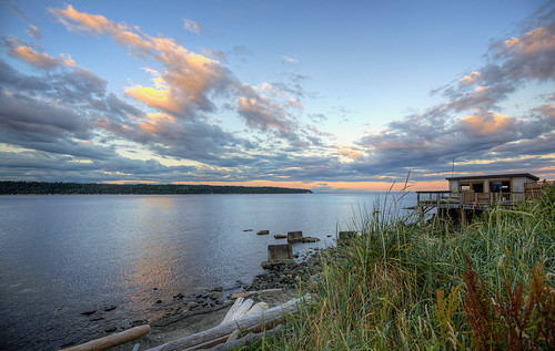 campbellriver britishcolumbia canada sunsets water clouds innerpassage
