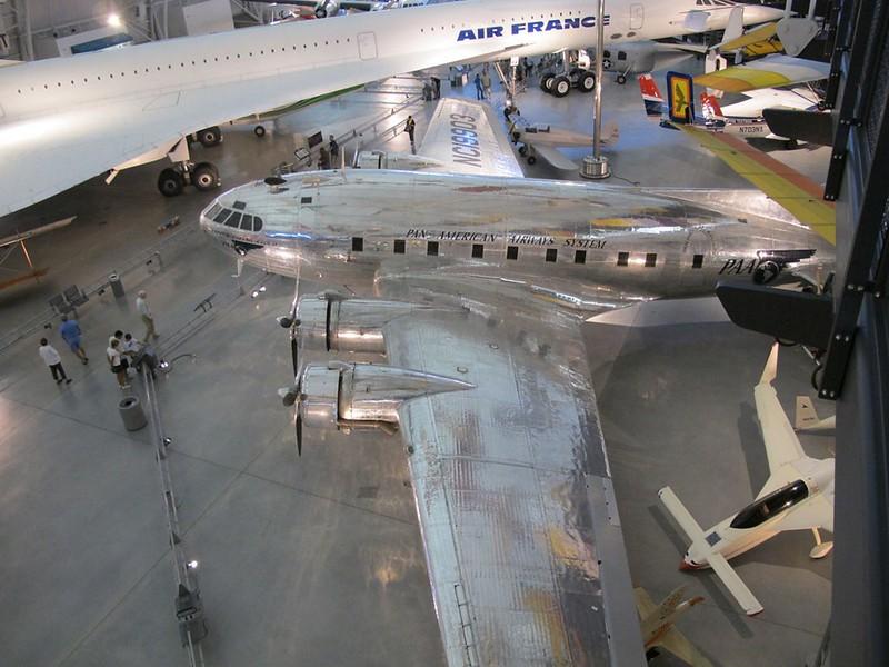 Boeing Model 307 Stratoliner 2