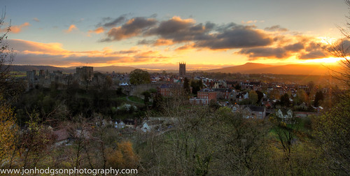 uk morning england clouds sunrise easter dawn town shropshire bright sunny bluesky ludlow markettown hdr 2012 whitcliffe cleehill stlawrencechurch titterstoneclee