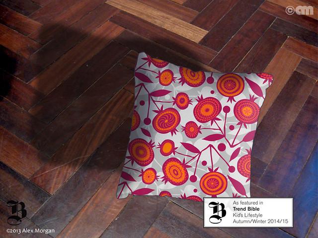Pom Pom.cushion