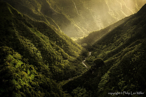 nature landscape hawaii kauai napalicoast pacificislands shaftsoflight d600 volcaniccliffs ancientvalleys aerialhelicopterviews