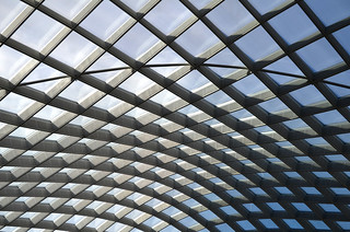 Kogod Courtyard - looking up - Smithsonian American Art Museum - 2013-01-04 | by Tim Evanson