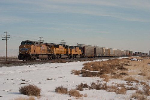 UP5513 West at Orchard | by erben22