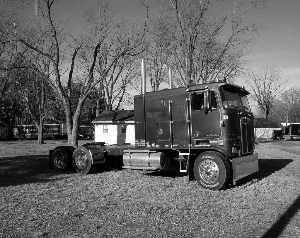 Cab Over Kenworth Extended Sleeper Version A Rarity These