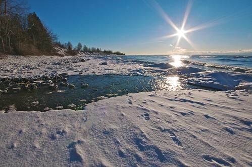 winter ontario sunrise lakeshore sunburst lakeontario cobourg lucaspoint