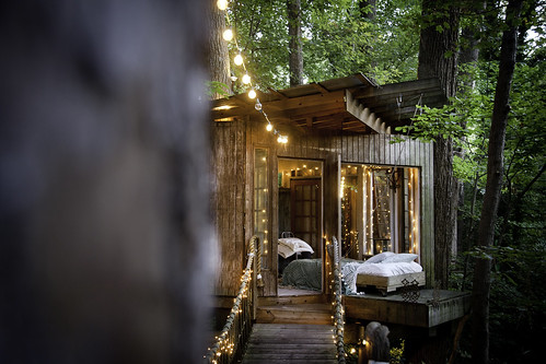 Atlanta Treehouses - Airbnb | by [L] Appel