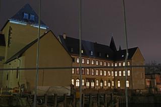 Nächtliche Baustelle am Standort des Historischen Museums