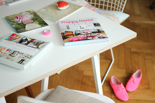 Happy Home Book Review | by decor8