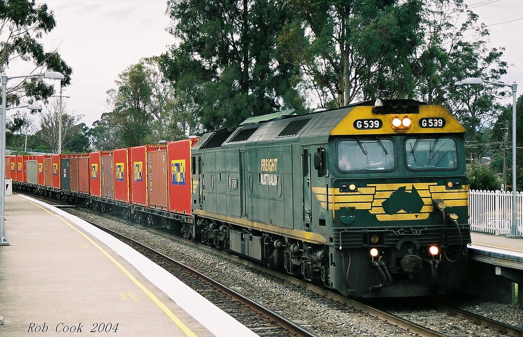 Freight Australia's 2SM9 at Tahmoor. (scan) by Robert Cook