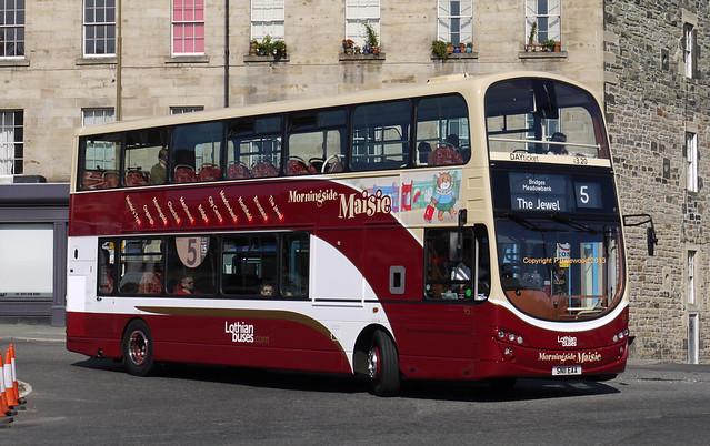 Lothian Buses 952 (SN11EAA)