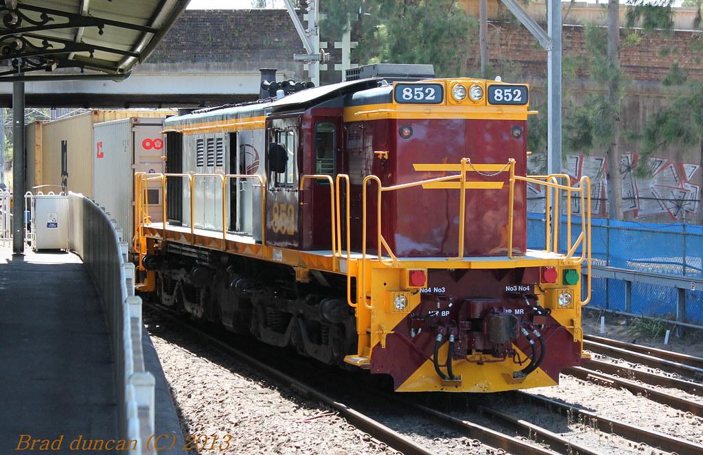 852 by Hitachi 300M