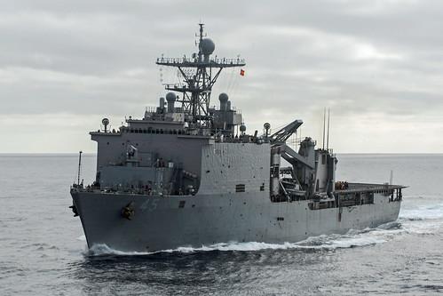 US Marines, Sailors train with Papua New Guinea Defense