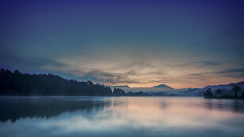 nature outdoor morning sunrise lake landscape hdr sonyilca77m2 tamronspaf1024mmf3545diiildasphericalif bluehour mist sky cloud