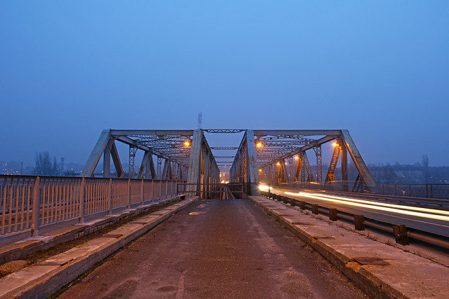 Budapest - Gubacsi bridge at night 1