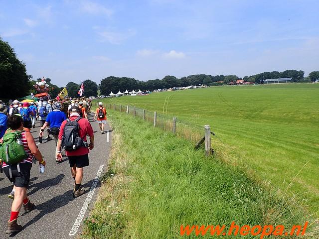 2016-07-21   3e  dag Nijmegen   40 Km  (120)
