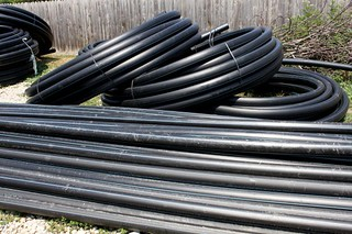 High-Density-Polyethylene-Pipes_Black-HDPE-pipes__IMG_3404-580x386 | by Public Domain Photos