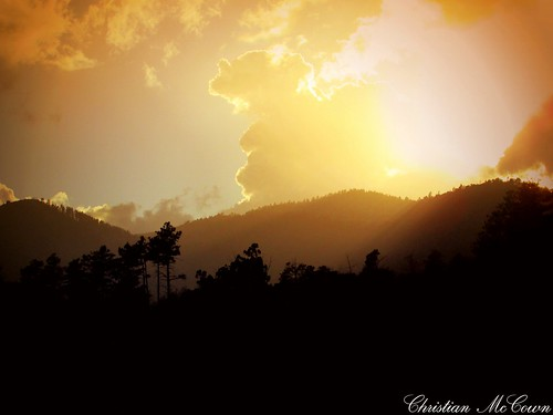 2 mountains view land forest landscape photography professionl photo great sky love beautiful