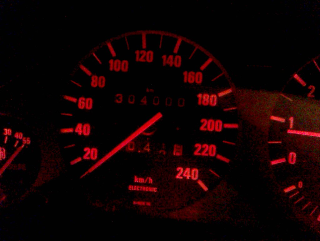 20120921 my BMW E30 has done 304000kms [edit] | 3 weeks to d