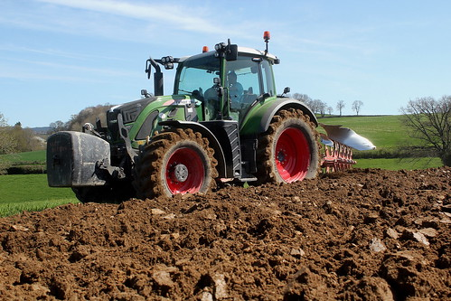 Fendt 716 + Kuhn   by Philippe-03