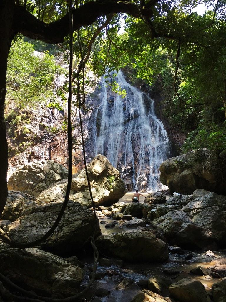 Na Muang Waterfall_10