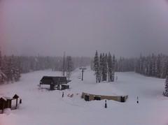 日, 2013-02-24 17:00 - 新雪でのスキー