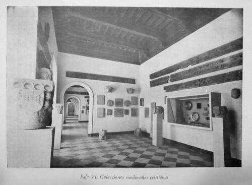 Sala VI, Museo de Santa Cruz, años 50 siglo XX   by pedro.riaza