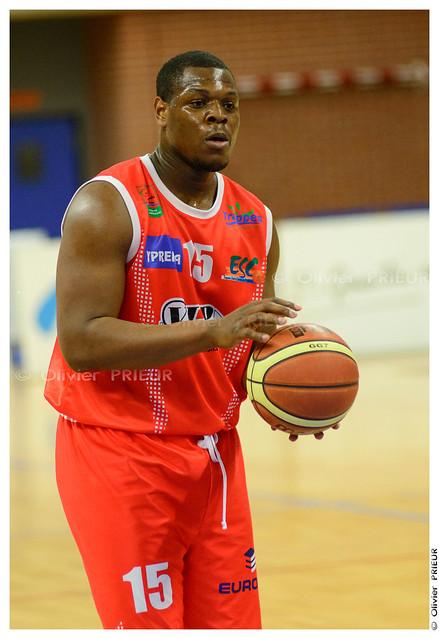 Namori MEITE ESC Trappes-SQY Basket vs Caen