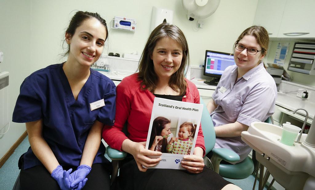 Improving oral health