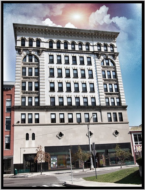 Watetown Ny ~ Facade ~ Empsalls Department Store ~ Closed