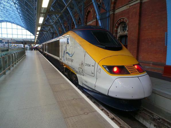 Eurostar 3104 @ St Pancras Station, London