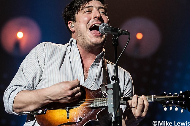 Mumford and Sons - Cardiff