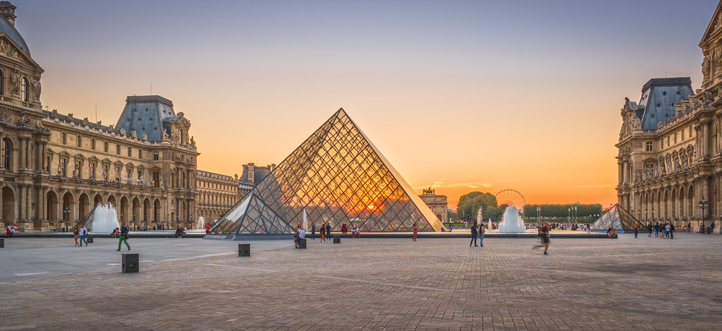 Colorful sunset at Louvre Palace