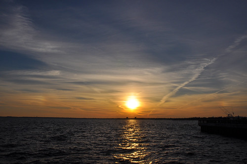 sunset usa water nikon wasser unitedstates florida parhelion pensacola parhelia sundogs pensacolabay escambiacounty d5000 palafoxpier fisherbray