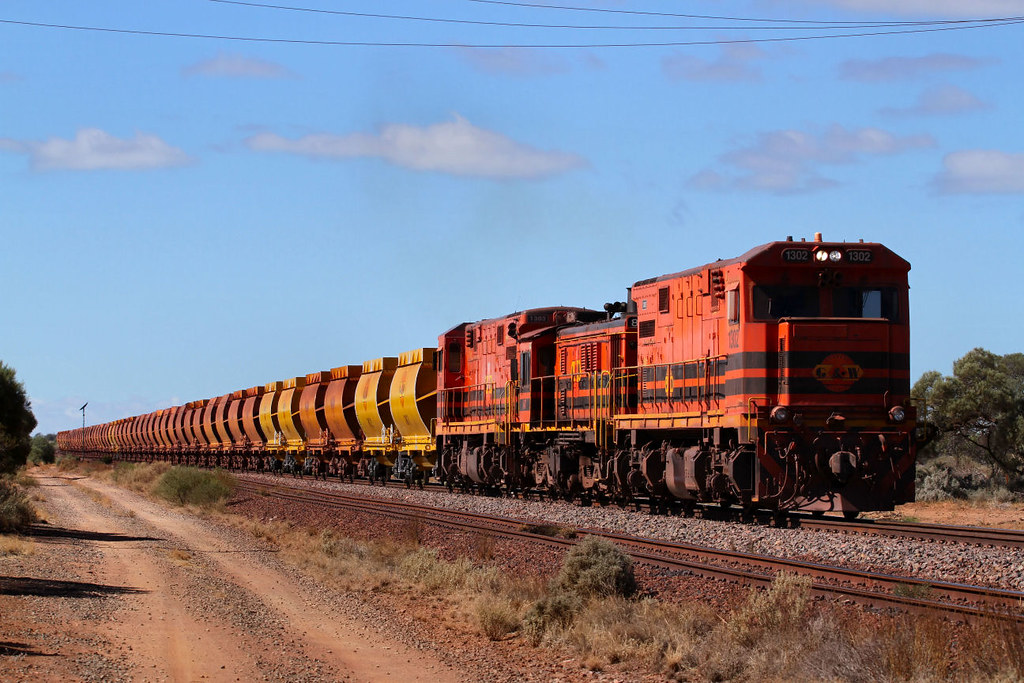 1302 847 1303 WD72 Empty Iron Duke Ore 21km Junction 23 03 2013 by Daven Walters