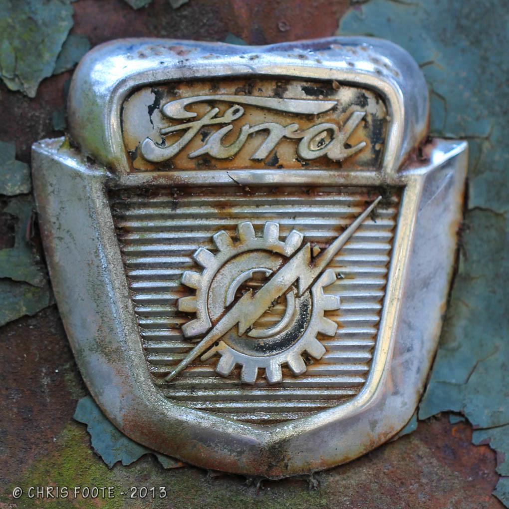Ford Lightning Bolt | Old Ford lightning bolt and gear emble