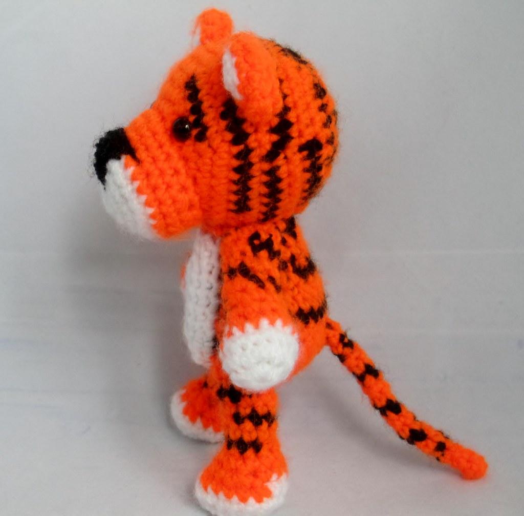 Thomas the amigurumi tiger (free crochet pattern   1007x1024