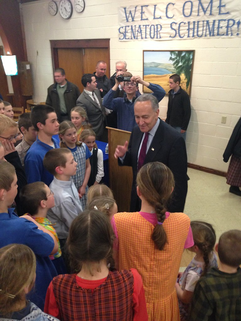 Schumer visits Bruderhof Community in Rifton NY to meet an… | Flickr
