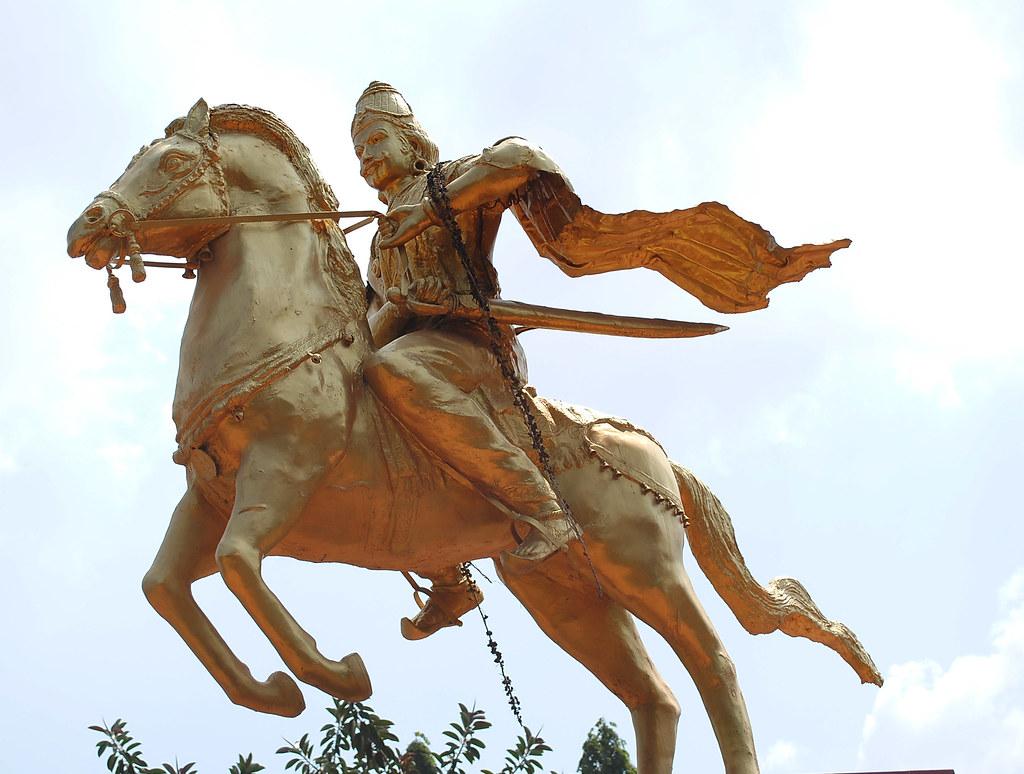 Raja Raja cholan manimandapam Thanjavur | Raja Raja cholan m… | Flickr