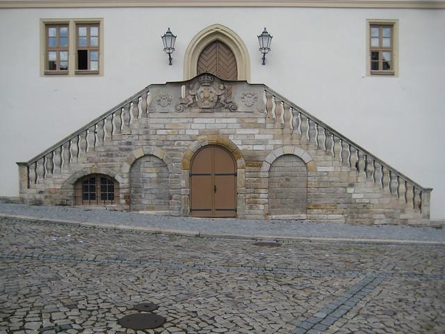 1687/1705 Wanzleben doppelläufige Freitreppe und spitzbogiges Portal Rathaus Markt in 39164