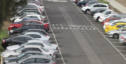 Car park, Laverton station
